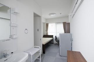 寮室 ロビー 寮室   【BKCIハウス竣工式の模様】 竣工式の冒頭では、テ... びわこ・くさ